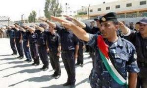 Saluto fascista della polizia palestinese (West Bank)