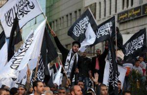 Ramallah, bandiere nere alla manifestazione contro Charlie Hebdo