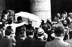 I funerali di Stefano Tachè